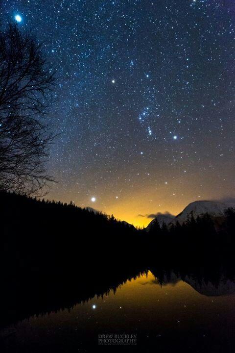 Drew Buckley Photography Astro Shot From Glencoe Lochan Orion Sirius And Jupiter Top Left Fotos De Paisajes Paisajes Fotos