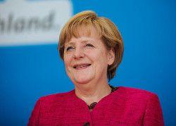 """Merkel zu TTIP: """"Das ist von unschätzbarem Wert"""" Das Bilderberger`s Lügen-Kanzlerin"""