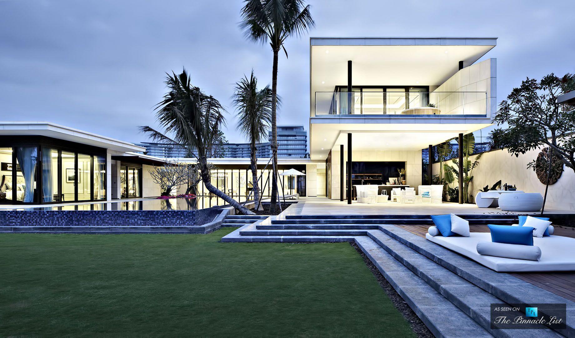 Chenglu Luxury Sea View Villas Lingshui Hainan China With