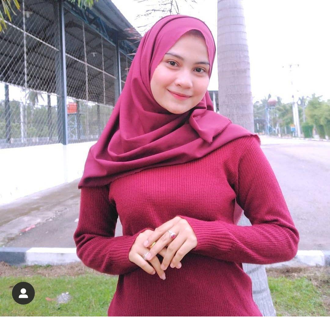 Cara Membuat Kulit Glowing Dan Sehat Bagi Cewe Berhijab Cantik Hijab Chic Wanita Model Pakaian Muslim