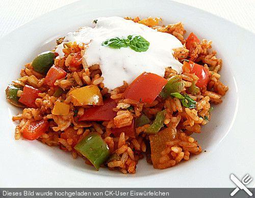 Paprika-Reispfanne mit Joghurtsauce | Chefkoch