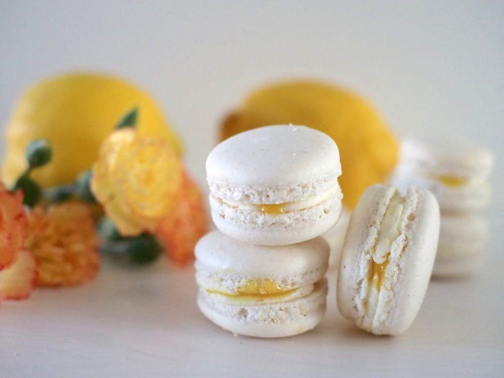 Sitruuna-Vanilja Macarons & Macaron-kurssit | Annin Uunissa