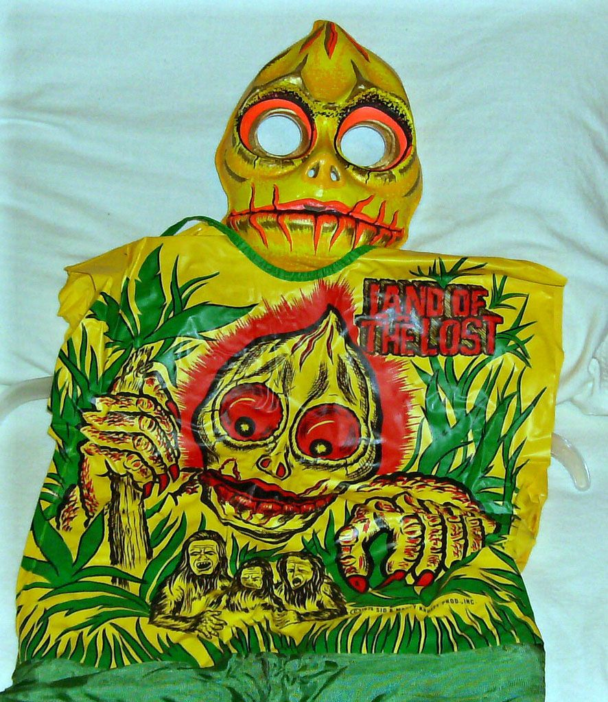 Vintage Land of the Lost Sleestack Halloween costume by Ben Cooper ...