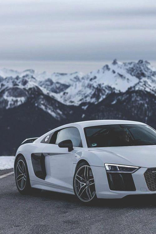 luxeware  2016 Audi R8 | Credit |
