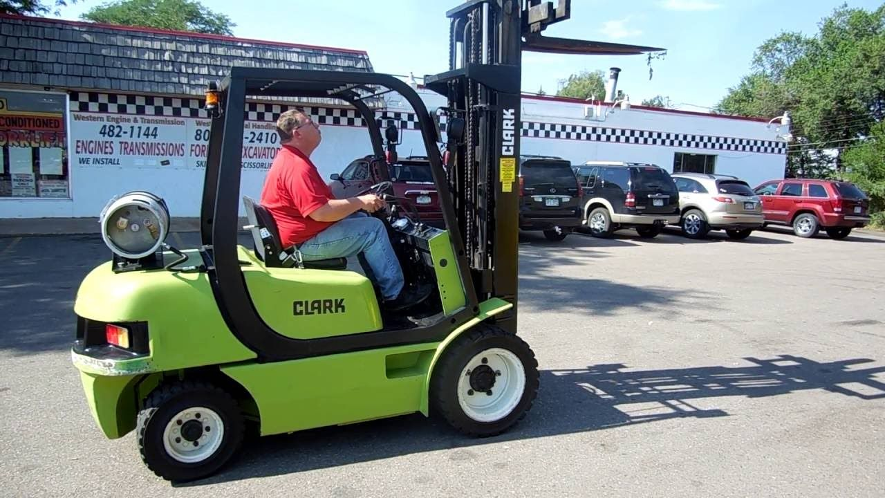 how to drive a forklift youtube