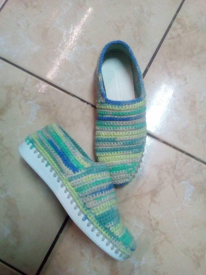 Crosetam papuci de dama marimea 37-38 pe talpa   вязаная обувь ...