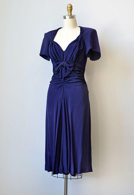 1940 Dresses Vintage 1940s Navy Silk Rayon Dress With Bows She Captivates Dress 1940s Dresses 1940s Fashion Vintage Dresses
