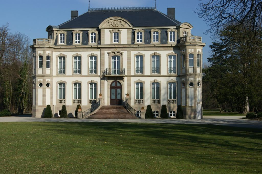 chateau saint jean ou chateau bugatti molsheim alsace ch teaux alsace pinterest alsace. Black Bedroom Furniture Sets. Home Design Ideas