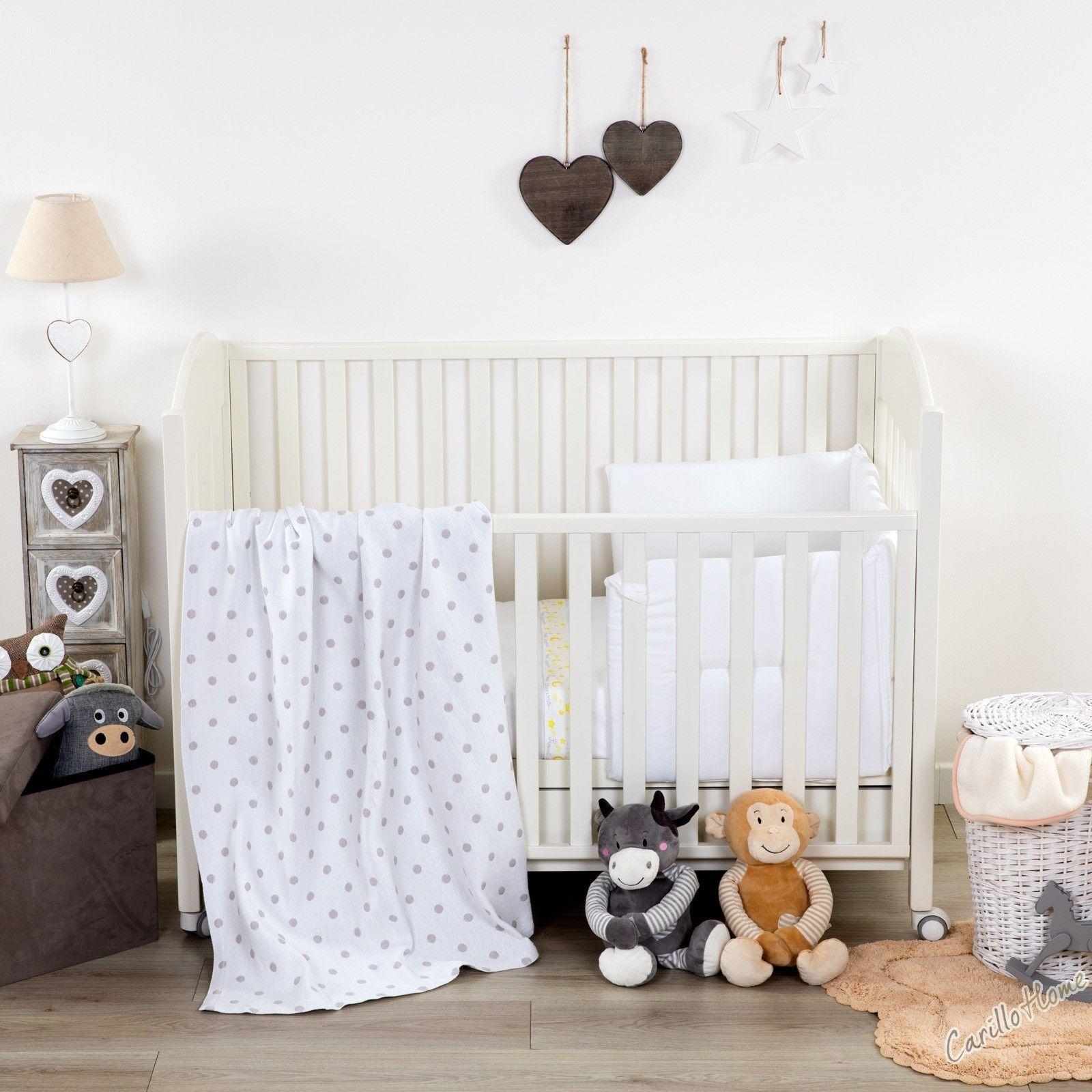 I dolcissimi Copriletto Baby sono realizzati in materiale anallergico, assicurando la temperatura ideale per i riposini pomeridiani o il sonno notturno dei tuoi bimbi.  #carillohome #rivierahomecollection #babyroom #arredamento #arredamentobimbi #lenzuolacopriletto #lenzuolabambino #musthave