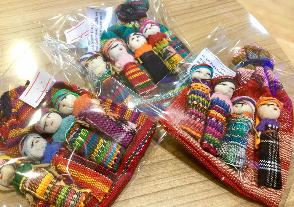 Guatemalan Worry Doll Set of 4 in Colourful Bag