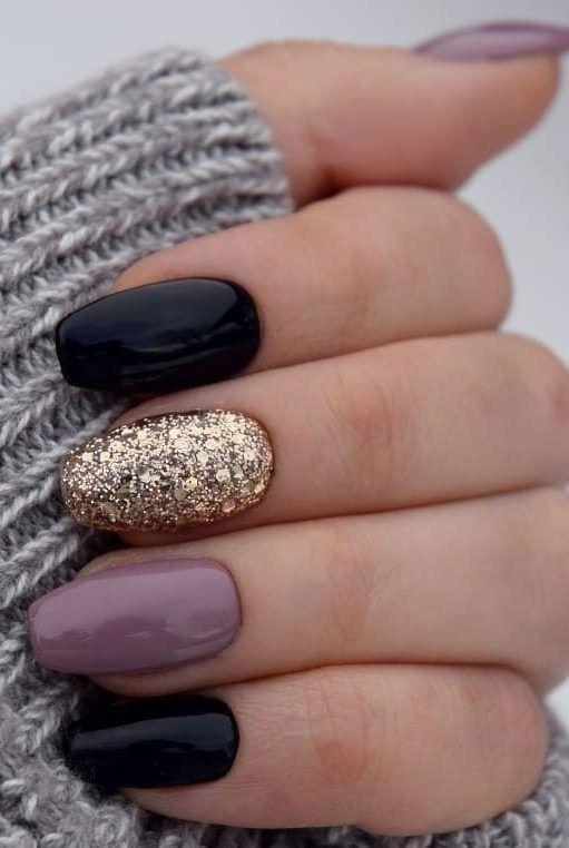 #Black #figure # fingernails #gold #black #and - #cutenailideas #cutenaildesigns #shortcutenails #longcutenails