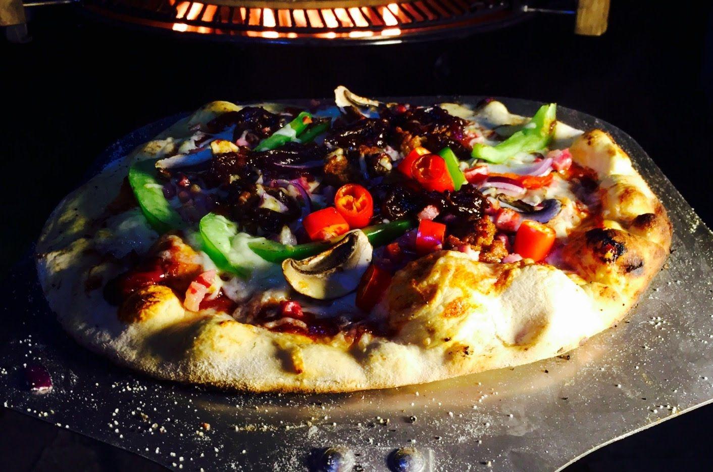 029 - Western BBQ Pizza, mit würzigen Fleischklößchen und selbstgemachter Sherry-BBQ- Sauce. #BBQ #Pizza #moesta bbq #westernstyle #tasty #Schwagers BBQ