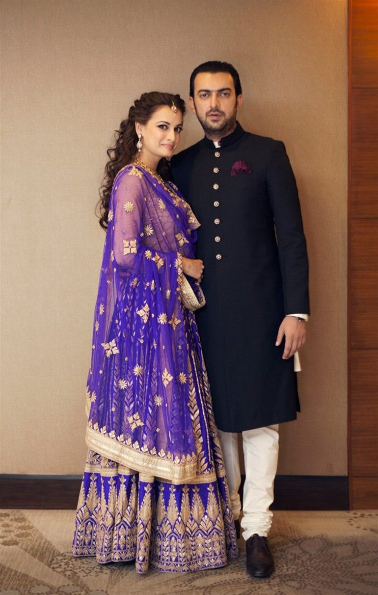 Bollywood S Dia Mirza Gets Married Wedding Photos Indian Wedding Couple Engagement Outfits Sangeet Outfit