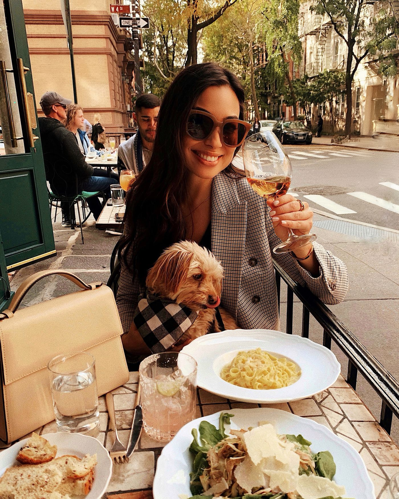 Dog Friendly Restaurants In Nyc In 2020 Nyc Restaurants Dog Friends Nyc