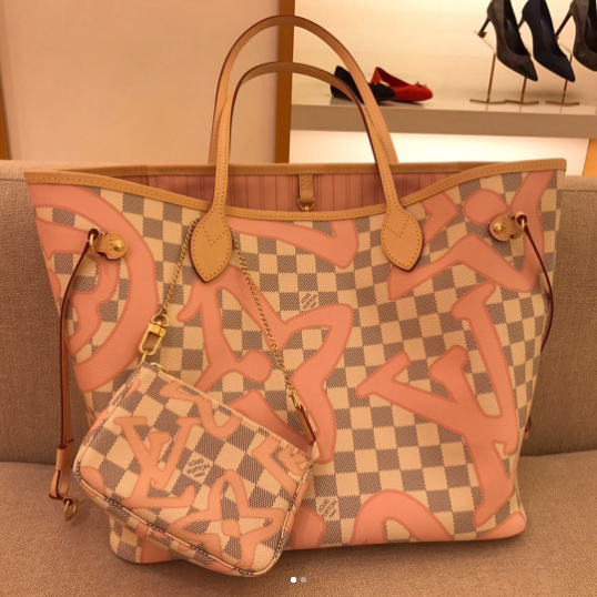 8b621a954806 Louis Vuitton Rose Ballerine Damier Azur Tahitienne Neverfull MM and Mini  Pochette Bags