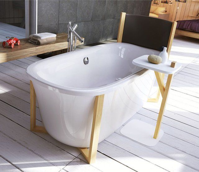 Malmo Bath Tub by Glass Idromassaggio. Cualquier parecido con La Muerte de Marat de Jacques-Louis David es sólo coincidencia!