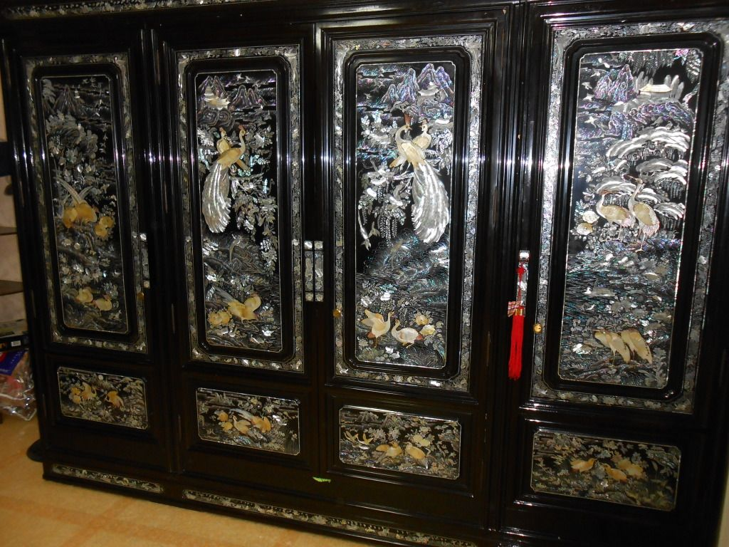 Black Lacquer Mother Of Pearl Inlay