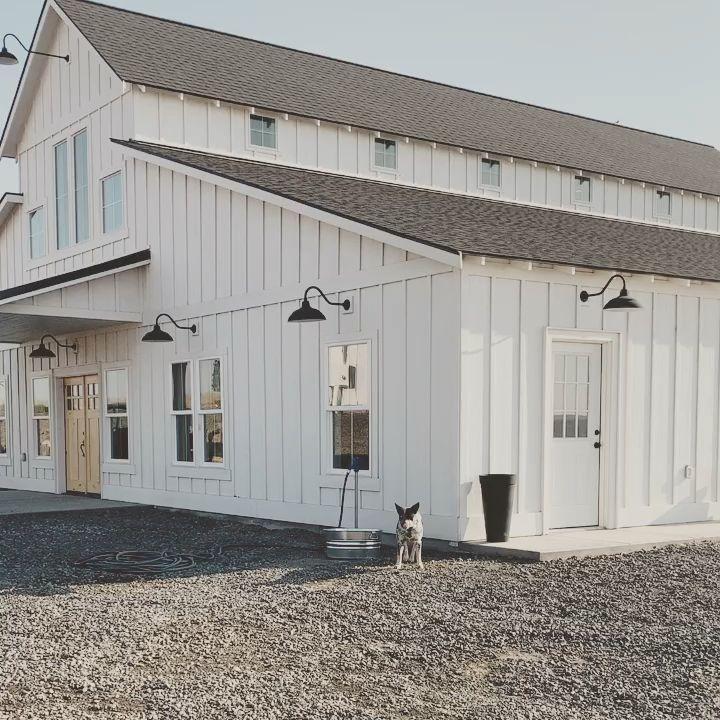 #barndominium #barnhouse #barndo #barn #whitebarn