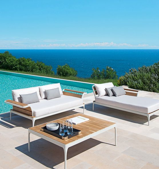 3 seater sofa with frame in aluminium and tea