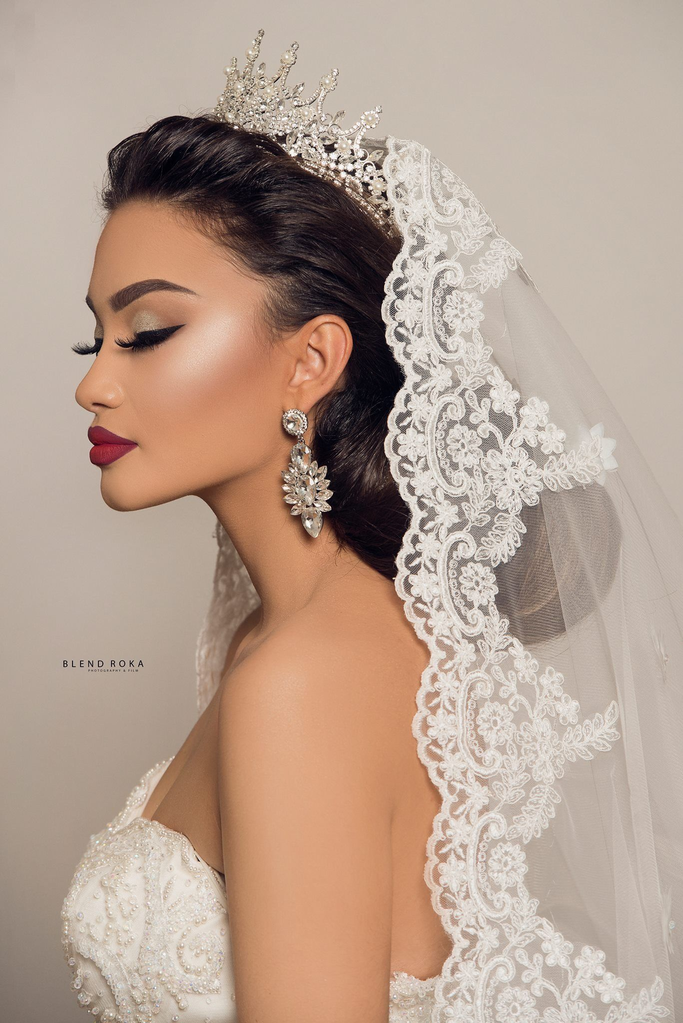 Bride Bridal Bridehairstyles Veil Wedding Weddingdresses