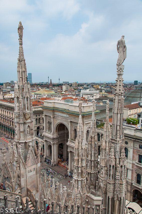 La Catedral De Milán Italia Y Terrazas