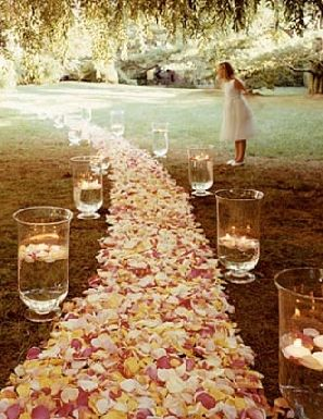 Beautiful! Maybe do something like this for the aisle?