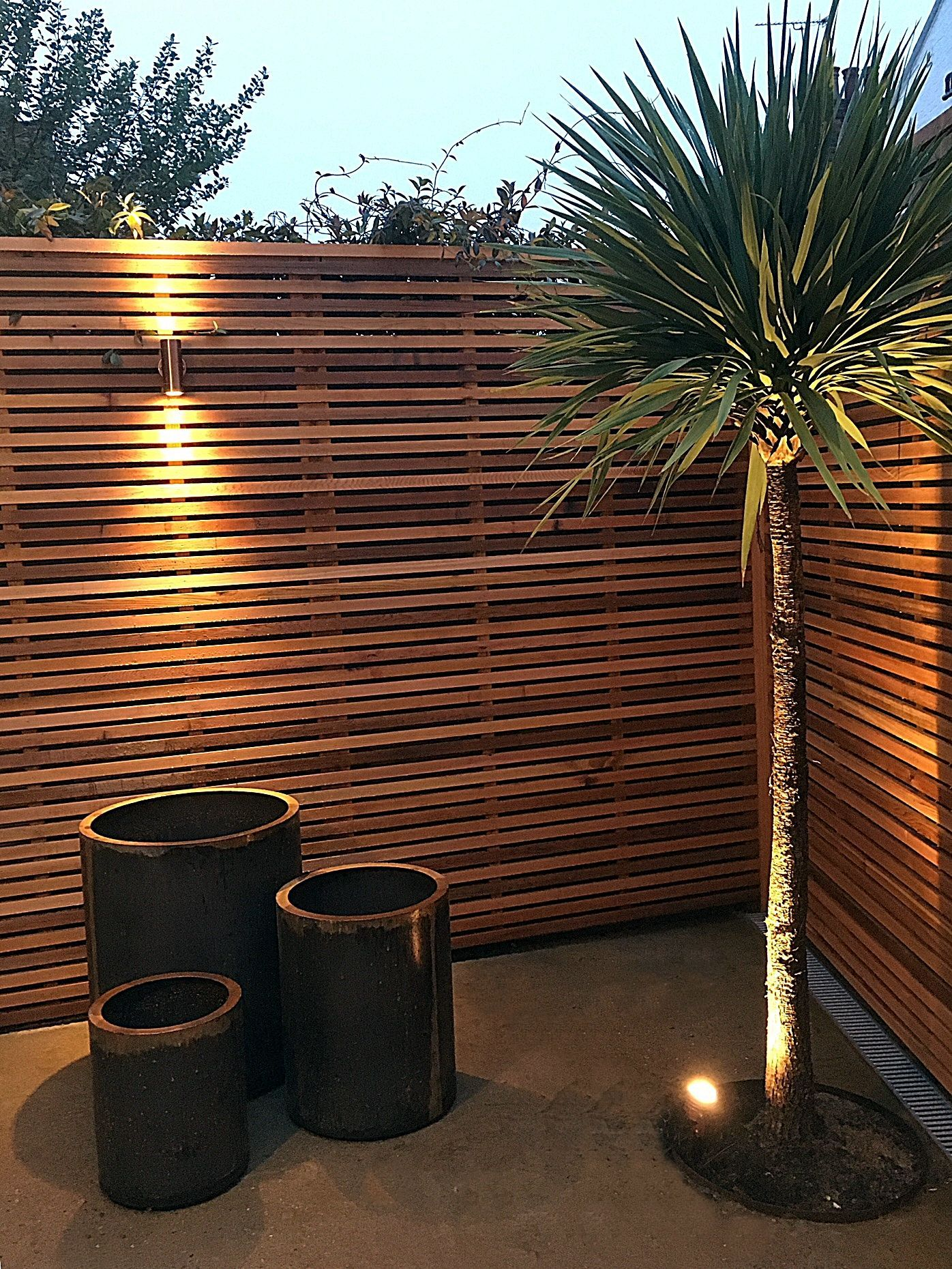 contemporarygardenlandscaping small patio garden on modern fence ideas highlighting your house with most shared privacy fence designs id=79678