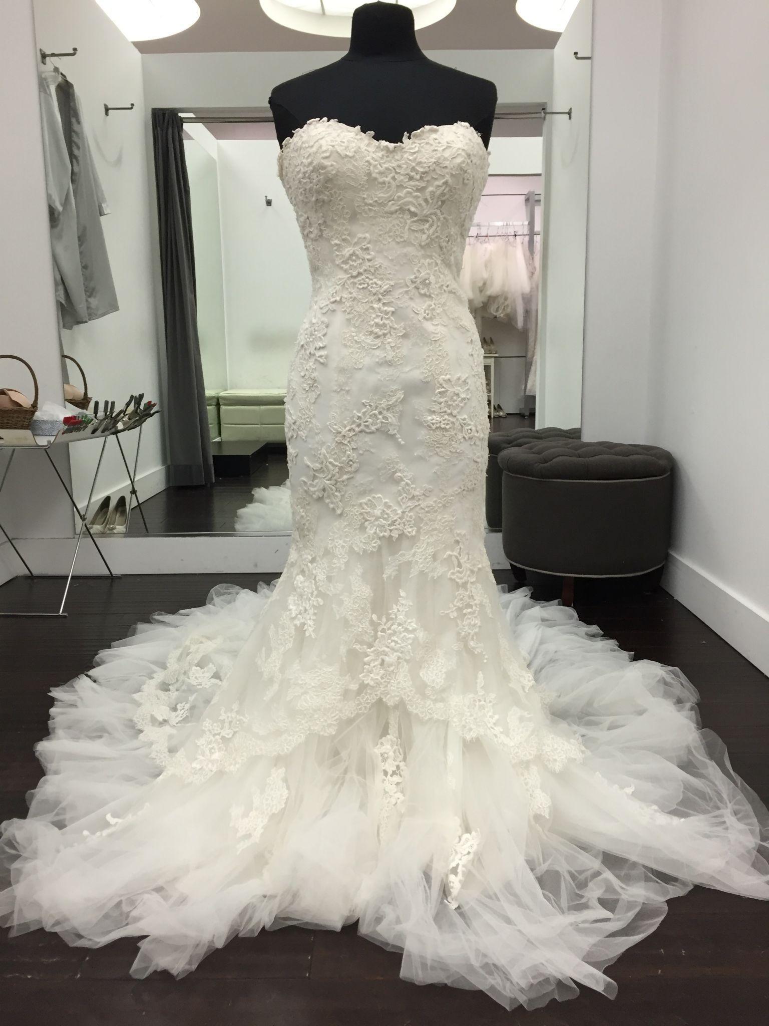 Pronovias Pretty Wedding Dress Sample Size 12 500 Pretty Wedding Dresses Size 12 Wedding Dress Contemporary Wedding Dress