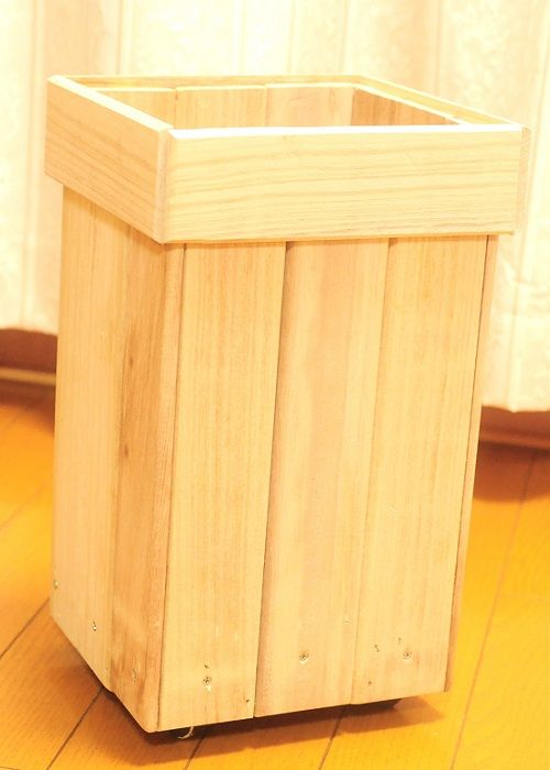 スノコでキッチンのゴミ箱をdiy 大阪発 インテリアと収納とdiy
