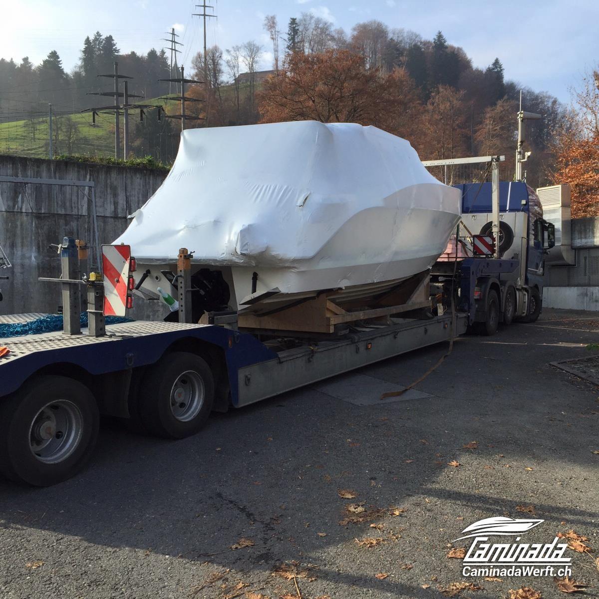 Die neue #Aquador 27 HT ist angekommen. Video folgt  #aquador #motorboat #yacht #motorboot #schweiz #suisse #svizzera #luzern #basel #zürich #genf #geneva #vierwaldstättersee #zürisee #zürichsee #bodensee #speedboot #walensee #genfersee #lacleman #neuenburgersee #lacdeneuchatel #langensee #lagomaggiore #luganersee #lagodielugano #thunersee