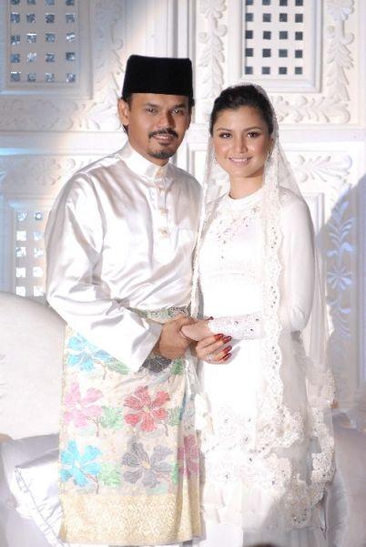 Lisa Surihani Yusry Halimgorgeous Couple Muslim