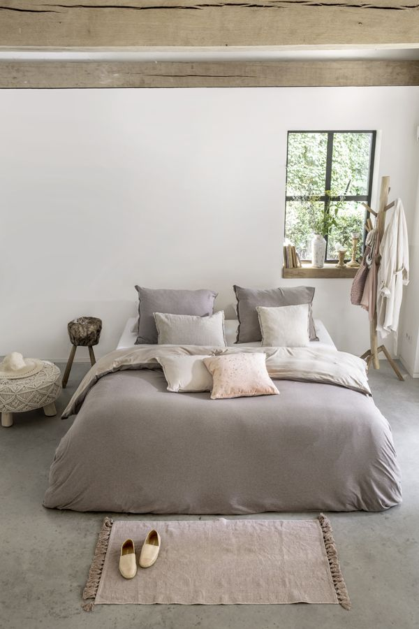 Neutral colors look beautiful in any bedroom #Walra #Walraofficial #casual #beauty #duvet #cover #duvetcover #sand #bedroominspiration #interiorinspiration #interior #bedroom