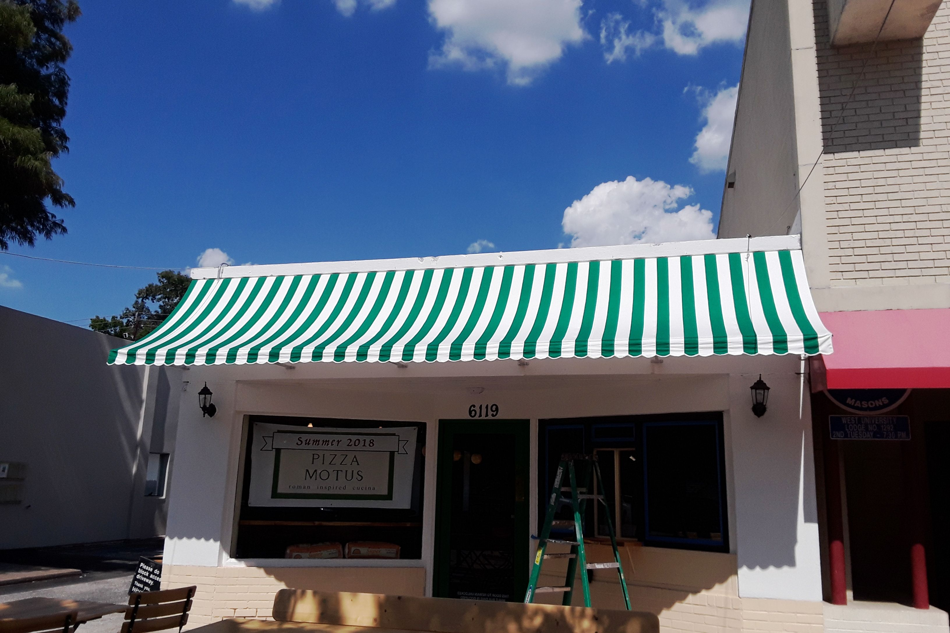 New Pizza Motus Awning We Did If Green And White Doesn T Make You Think Pizza I Don T Know What Does Awning New Pizza Outdoor Decor