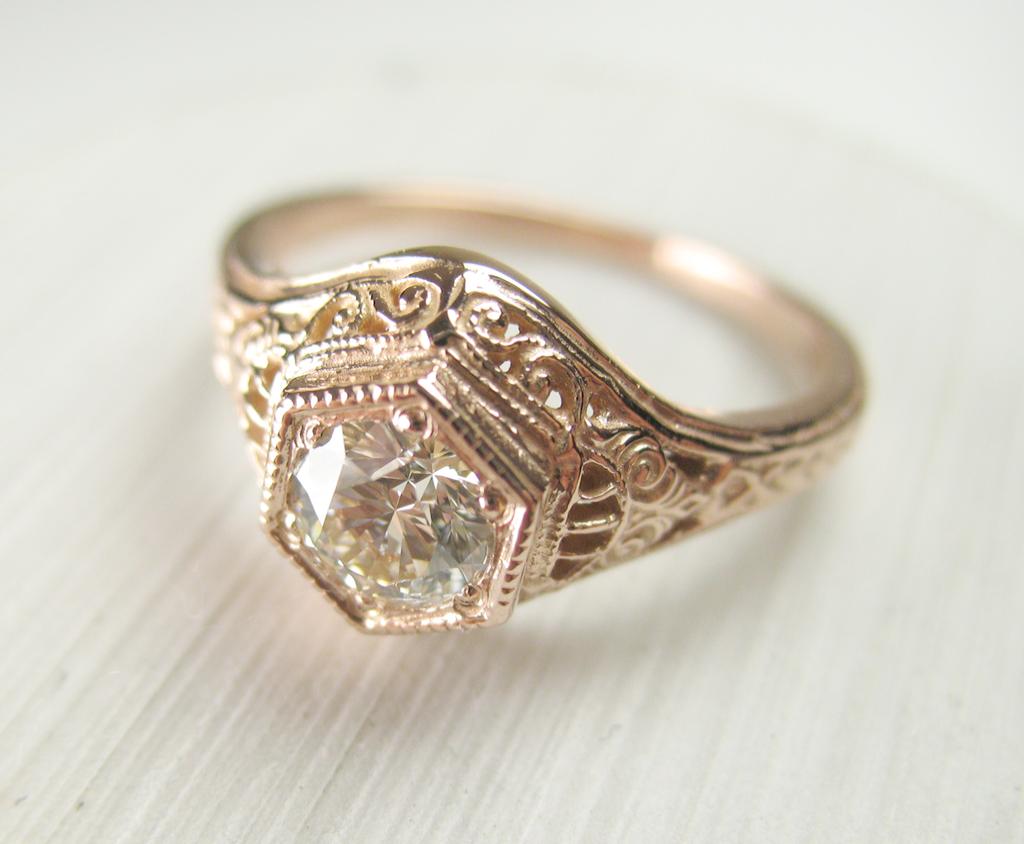Vintage Style Rings Uk Despite Jewellery Shops Greenhills Jewellery Onlin Vintage Engagement Rings Diamond Engagement Rings Vintage Gold Diamond Wedding Rings