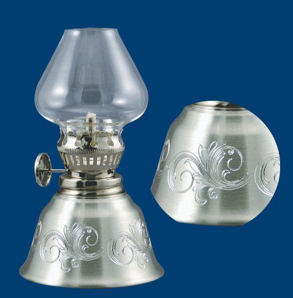 Pewter oil lamp/lampe à huile en étain Atelier B. Chaudron, Val-David, Qc find on http://www.chaudron.ca/fr/lampes-a-huile/c378031569/p17723515.html