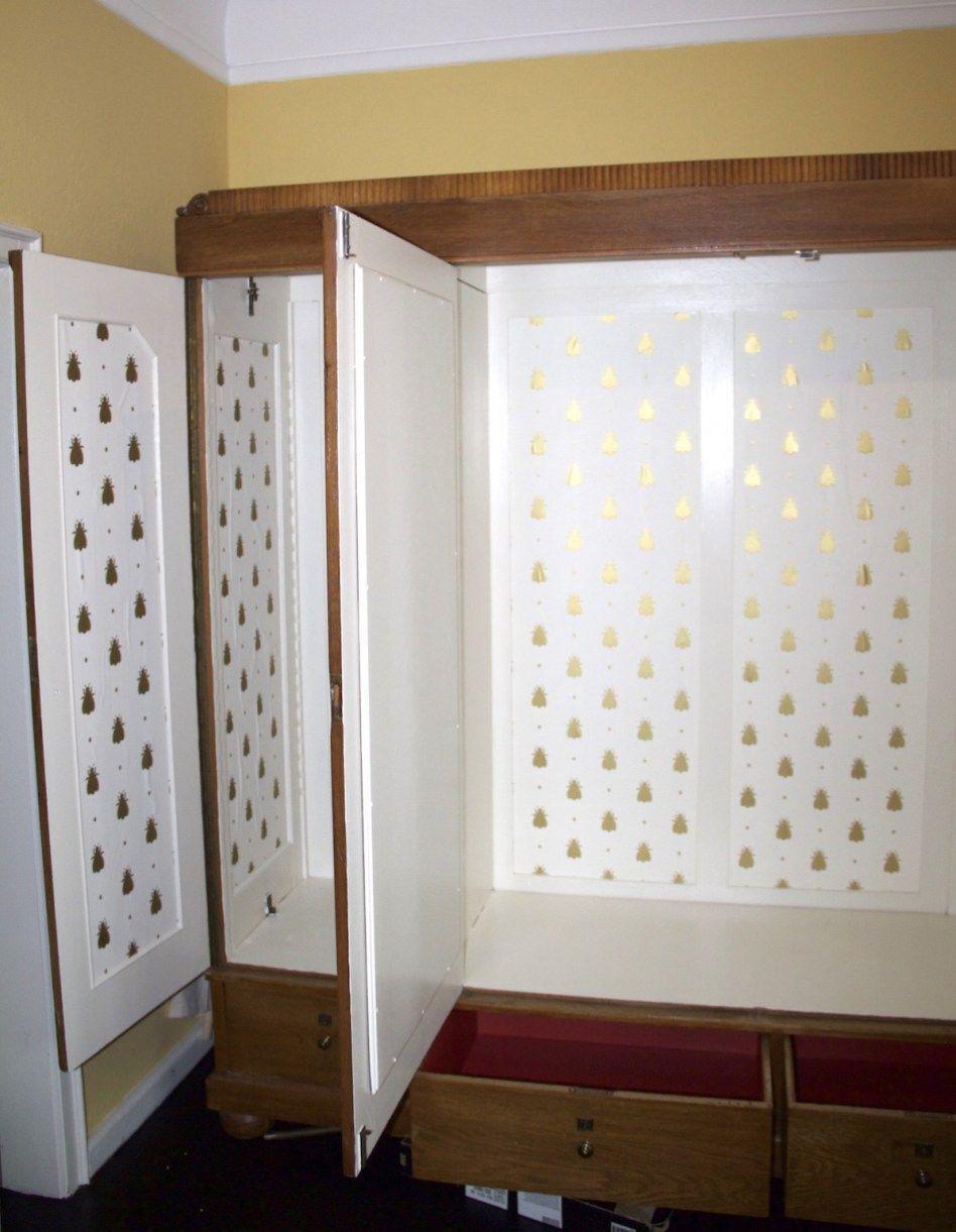 Einen Alten Schrank Tapezieren Eine Idee Ganz Einfach Umgesetzt Schrank Bekleben Alte Schranke Tapezieren
