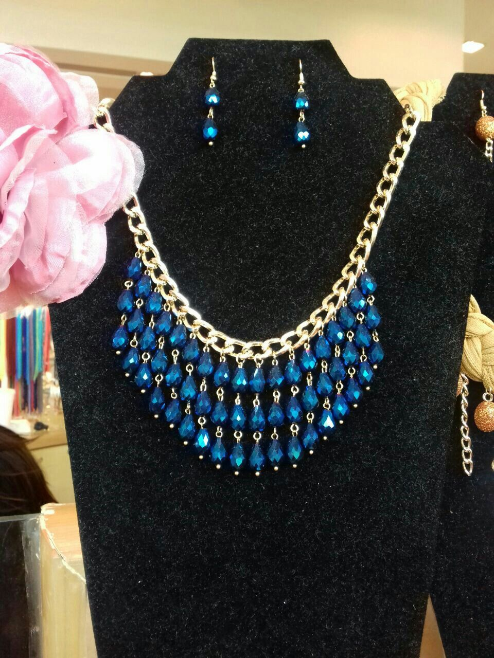 ce6010988b1c Gota de cristal azul Collares Babero