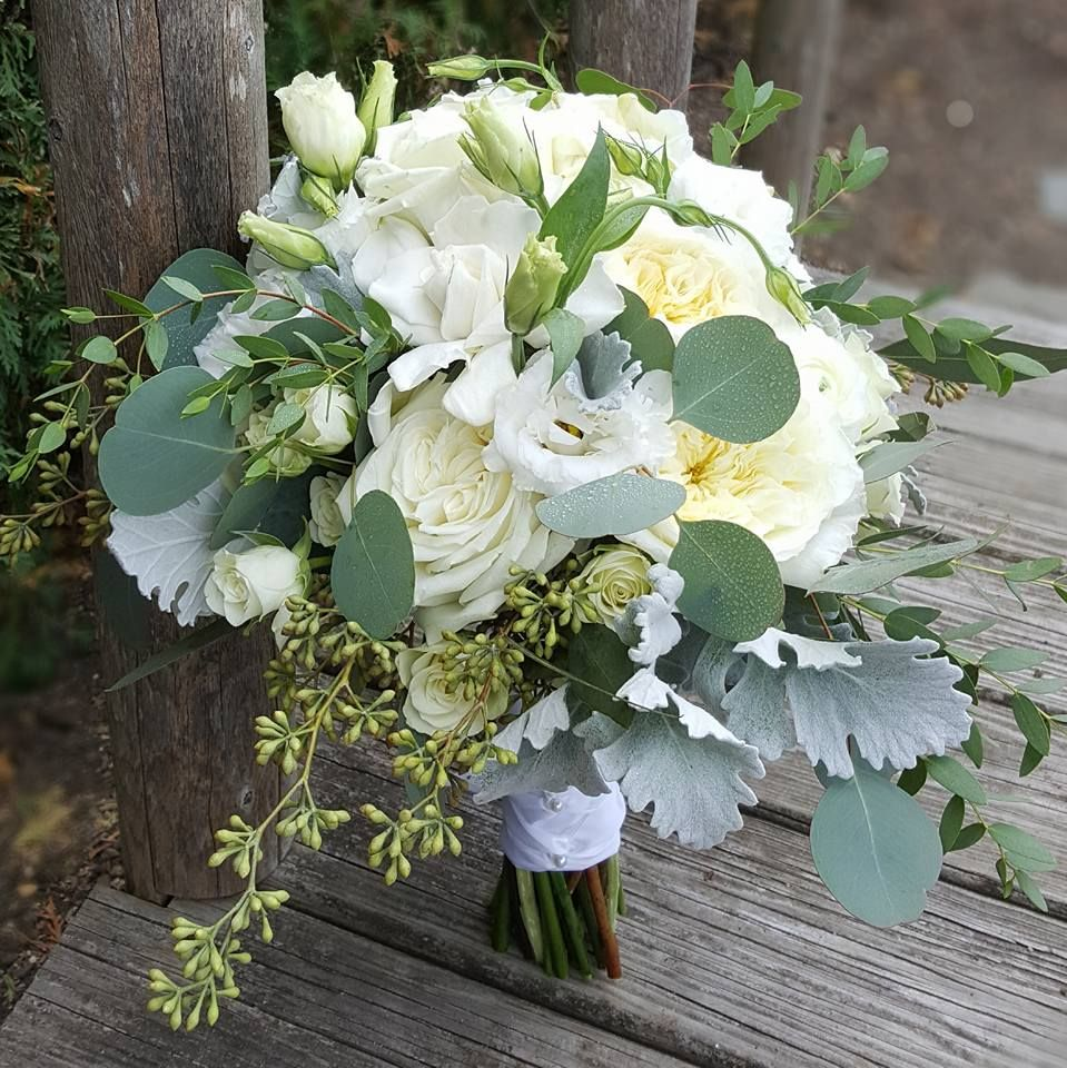 top 10 wedding flowers | wedding inspiration | wedding