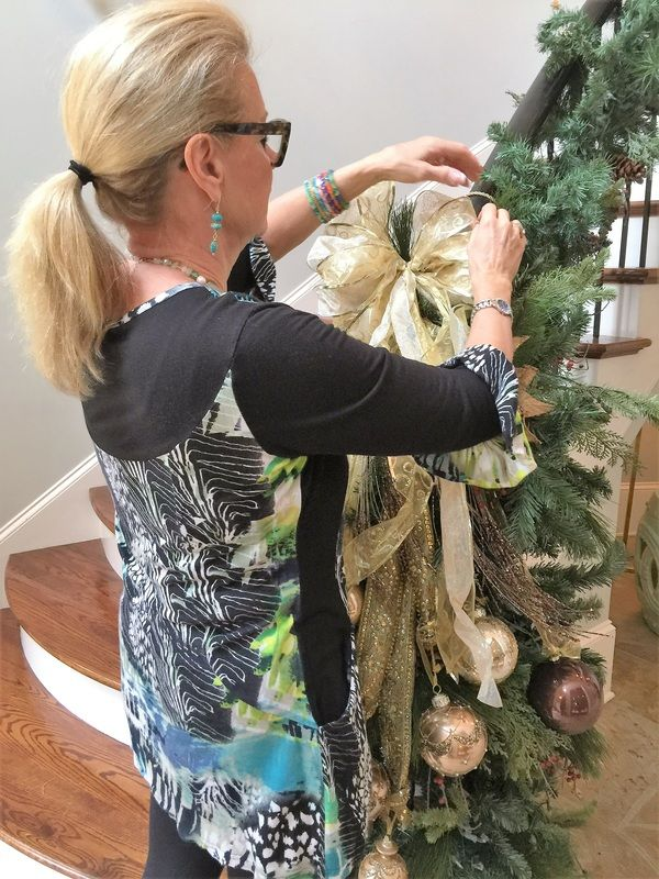 Christmas Decorating Service Creating A Stress Free Holiday Decorating Services Stress Free Holidays Christmas Decorations