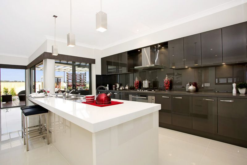 Beachside Elite Kitchen By McDonald Jones Homes On Display At Aberglasslyn