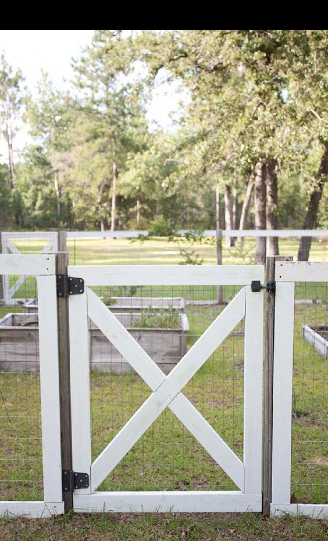 Farmhouse Style DIY Garden Fence - bingefashion.com/home,  #bingefashioncomhome #DIY #Farmhou... -  Farmhouse Style DIY Garden Fence – bingefashion.com/home,  #bingefashioncomhome #DIY #Farmhouse # - #bestgardenideas #bingefashion #bingefashioncomhome #DIY #diygardenbackyard #diygardendecorations #farmhou #farmhouse #fence #garden #gardensheddiy #style❤️ 🏩 🎭 🧊 ✨ 💛 #beauty #fashionstyle #scenery #architecturephotography #workout #fashiondesigner #Wedding
