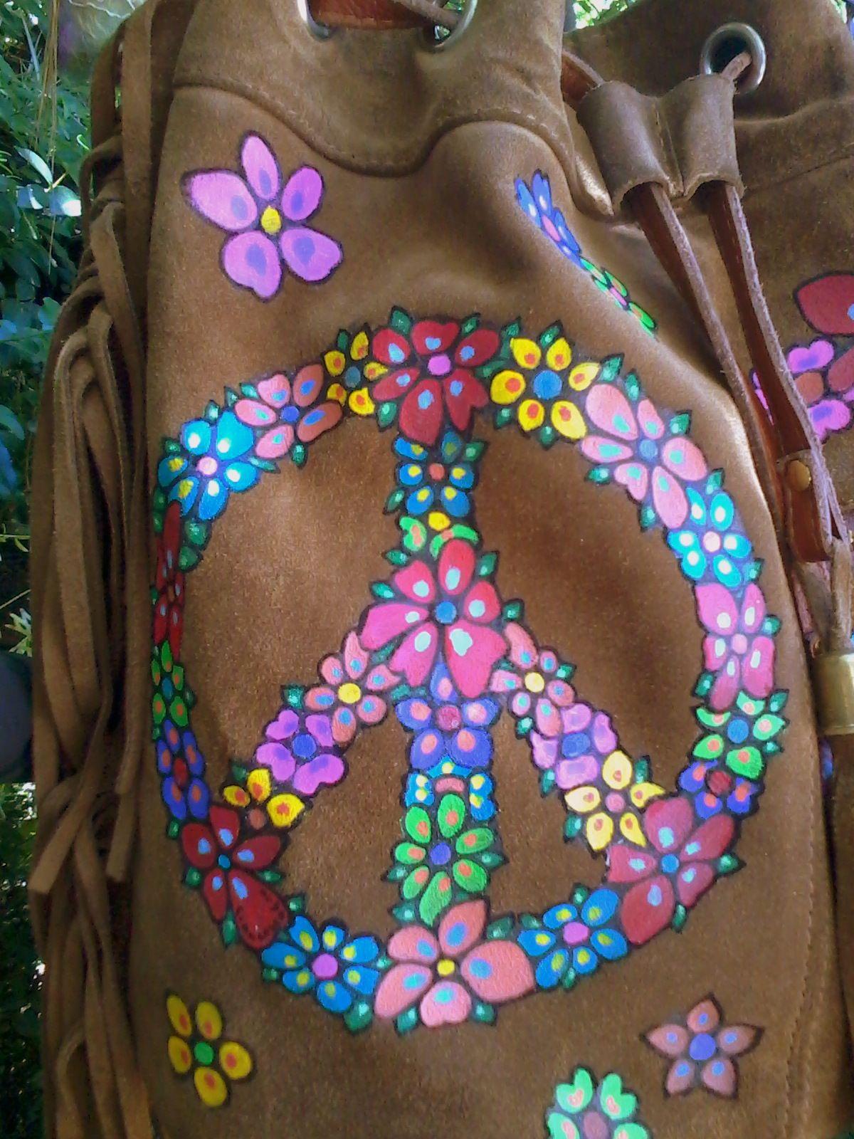 #FrancescaBoo #handpainted #bags #carteraspintadas #peace #paz #flores #flowers