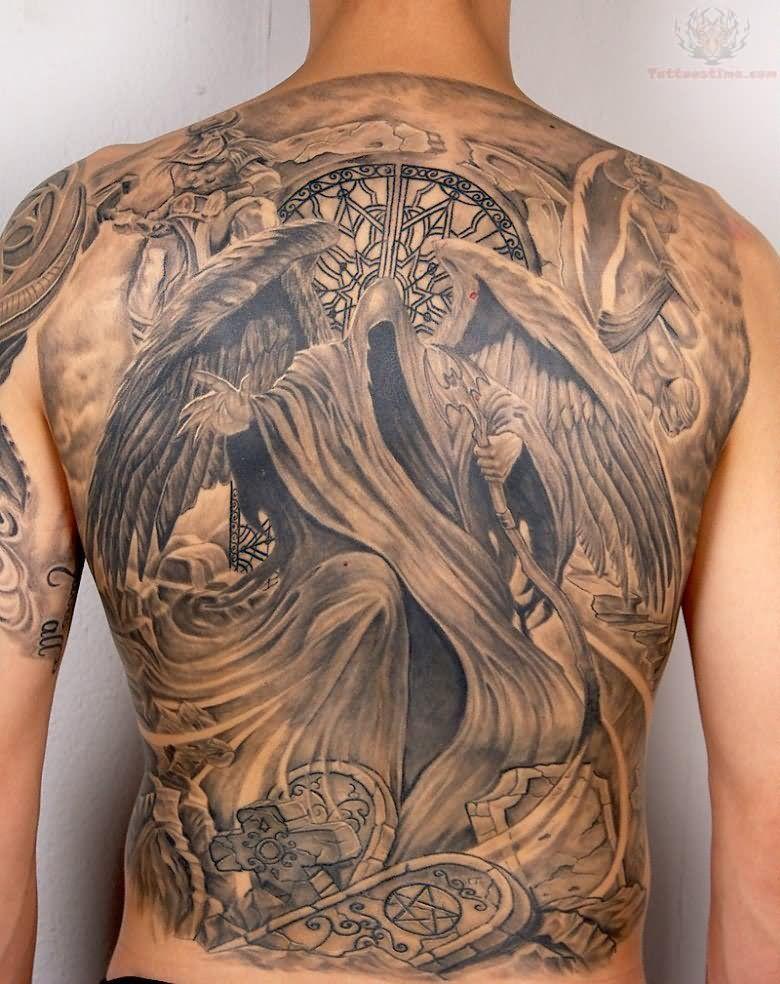 Black and grey grim reaper back tattoo. 3d tatoeages