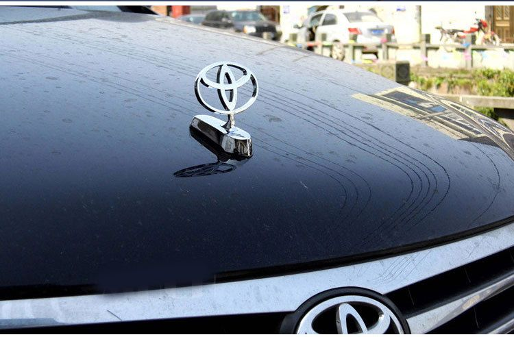 [FAST SHIPPING] Excellent Quality 3D Chrome Toyota Hood