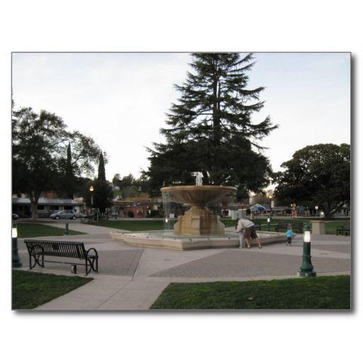 Fountain, Sunken Gardens, Atascadero Postcard