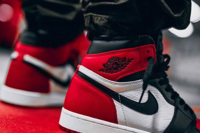 2d1f5bd2825 air jordan 1 retro high og bred toe black red white 555088-610 on feet