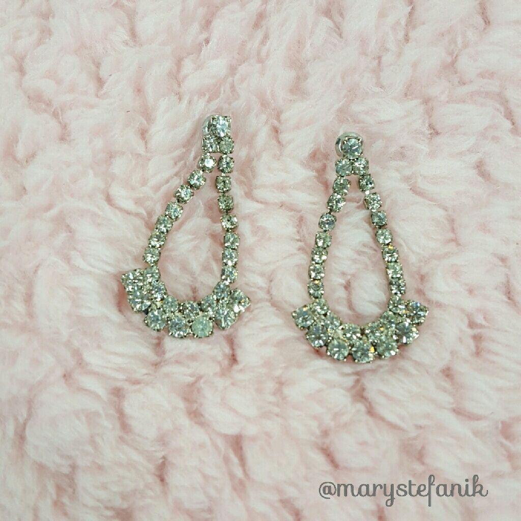 {Vintage} Rhinestone Dangle Earrings