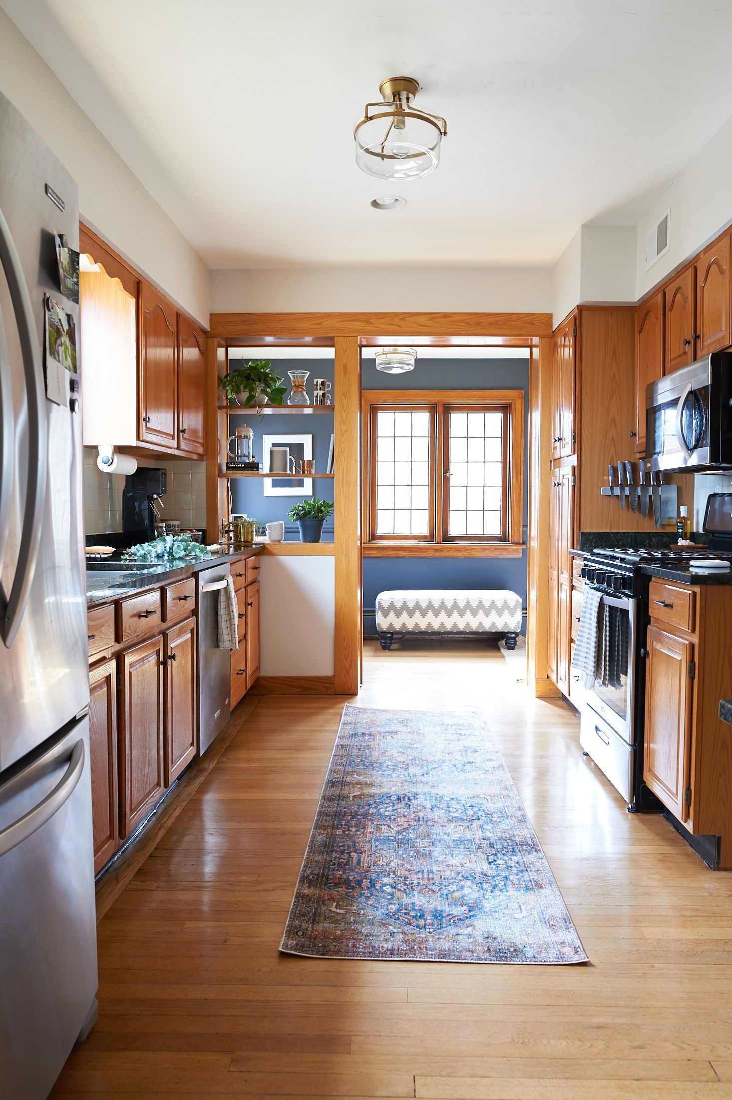 Our Two Weekend 600 Kitchen Facelift The Sweet Beast In 2020 White Oak Kitchen Oak Trim Kitchen Facelift
