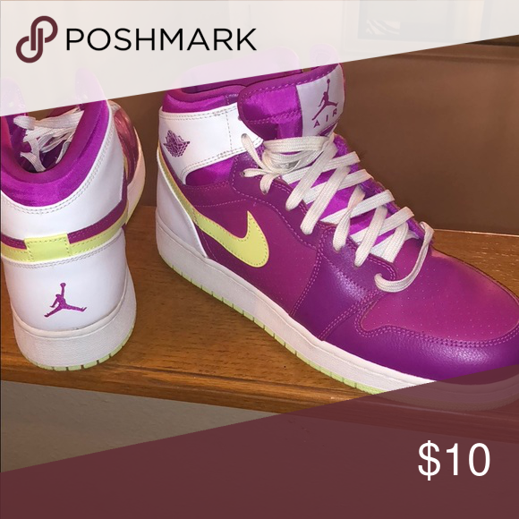 603362a6438 Womens Nike shoes Jordans worn once! Nike Shoes Athletic Shoes | My ...
