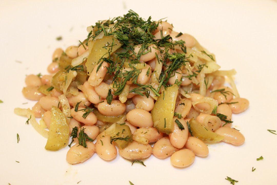 Салат из фасоли с маринованным луком и огурцом (Постный)
